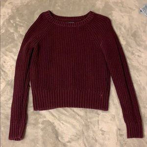 Small American Eagle Burgundy Knit sweater :)